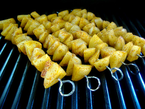 Grilled_potatoes_raw_2