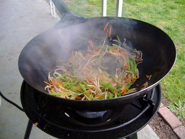 Stir_fry_cooking_2_1