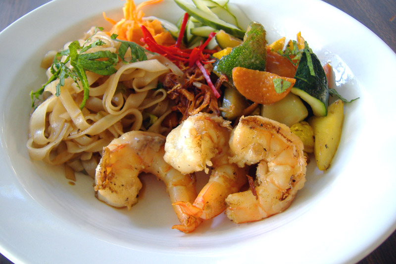Thai_shrimp_meez_plated_1