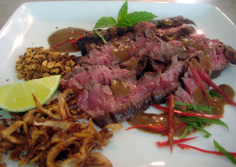 Thai_steak_grill_plated_1